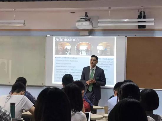 Zholl Tablante在杭外剑桥国际高中
