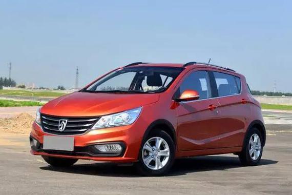 宝骏310新车型4月上市 或售5.18万起
