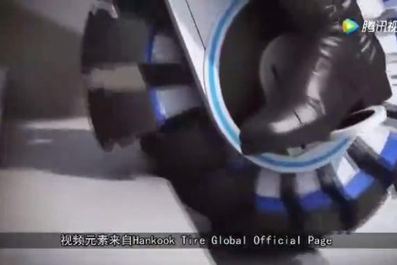 视频:全能轮胎,上楼梯如平地,扫平障碍