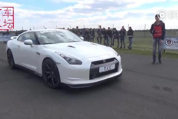 RS7 vs GTR R35,谁更快?