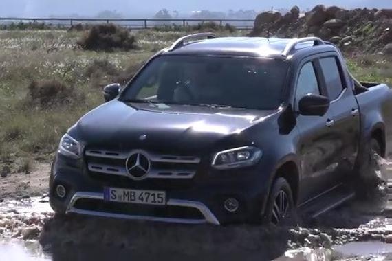 视频:奔驰全新皮卡X级越野测试。