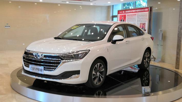 北汽新能源将推首款中级纯电动轿车 续航不输特斯拉model 3