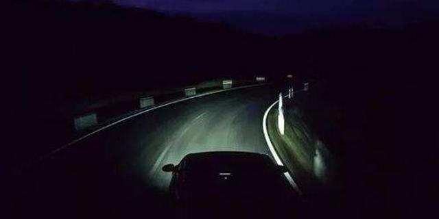 老司机快看!夜间开车5大注意事项