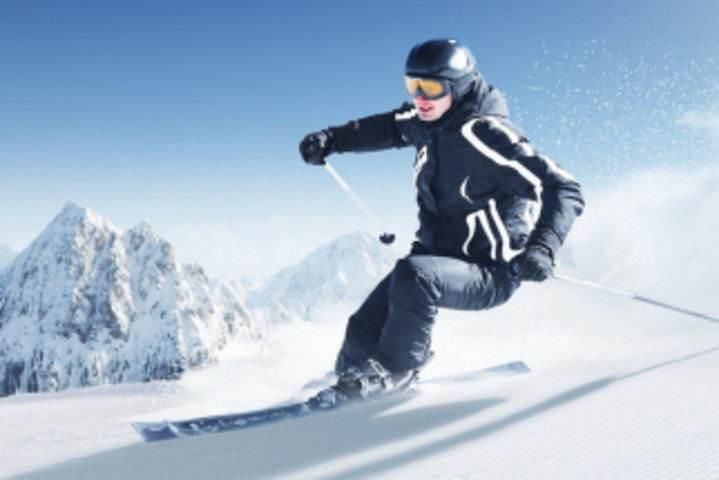 十名俄籍滑雪外教抵沈普及冰雪运动