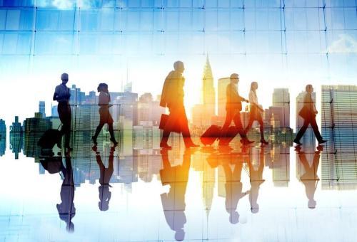 华媒:职场年龄歧视 年长男性或面临更严厉考验