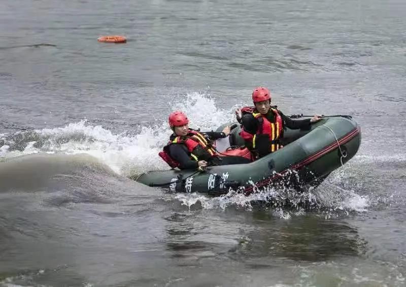 秣马厉兵 破浪前行 — 特警支队水域勤务中队以练备战守护水域安全