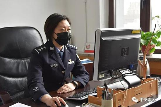 """奋战在抗""""疫""""一线的最美宣传员—记平山分局政治处民警庄妍"""
