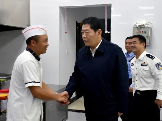 杨建军副市长到法库县、康平县检查国庆安保工作