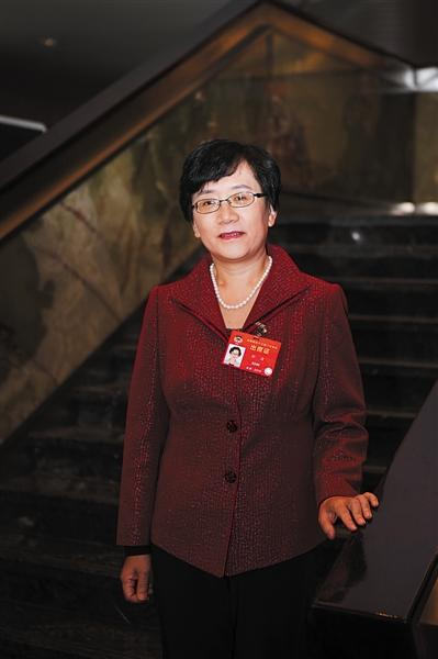 全国政协委员、对外经济贸易大学保险学院副院长孙洁