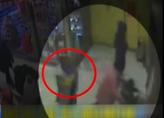 辽宁沈阳:一晚盗窃45部手机 警惕抱娃妇女