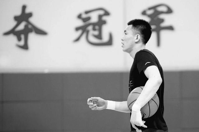 辽篮国手郭艾伦特训归来 将随国家队参加系列热身赛