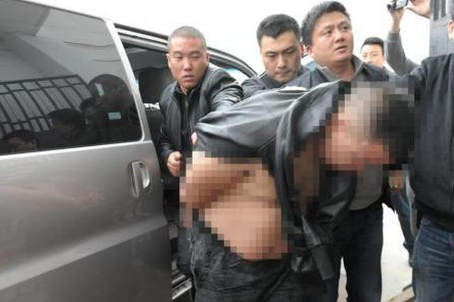交警夜查车辆因公殉职:血泊中紧攥嫌疑人身份证
