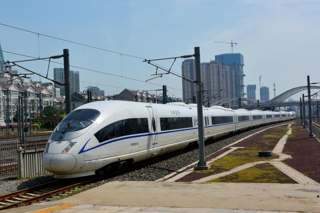 沈阳至成都、长沙高铁7月1日零时起首次开行