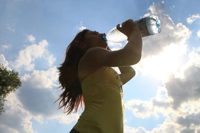 今日辽宁最高温均达30℃以上 炎热天气还将持续