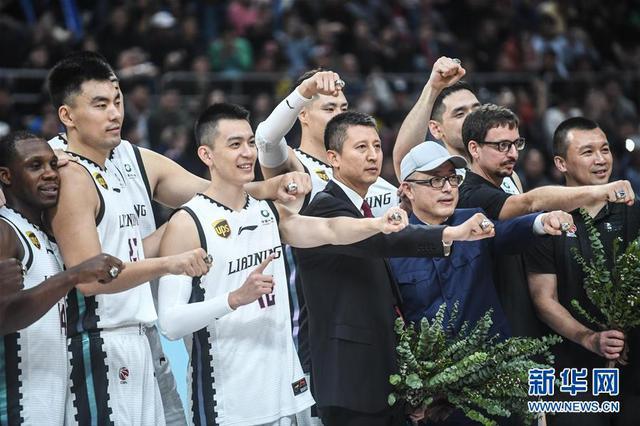 CBA:遼寧本鋼隊戴上總冠軍戒指