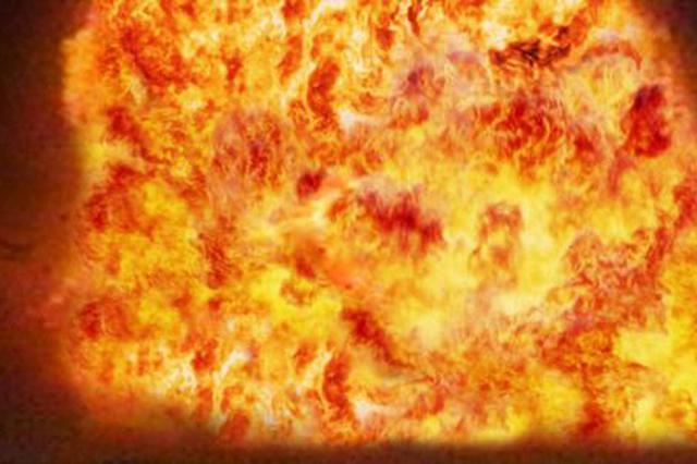 大连一废弃工厂内加气车爆炸 居民称此前曾报警