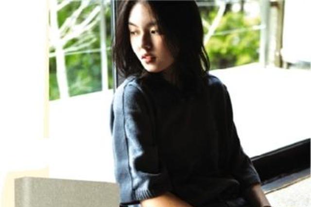 李咏女儿出版小说:父亲看到我的书出版 没有遗憾