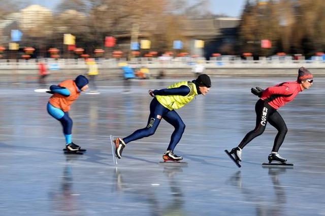 校园冰雪运动初见起色——从大冬会代表团成立说起