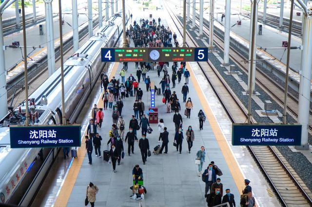 沈阳各大车站增开临时旅客列车83列