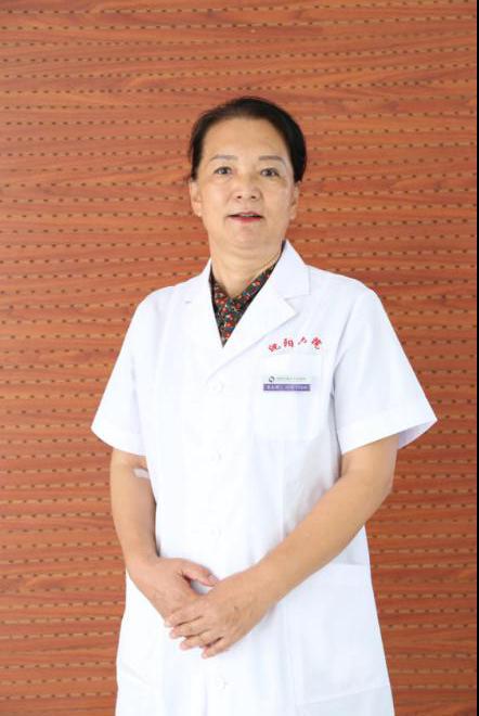 以心为灯 做生命的守护者 ——记沈阳市第六人民医院妇产科主任,主任医师,齐玉玲