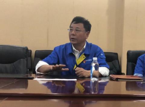 沈鼓集团副董事长、党委副书记孔跃龙(张敏 摄)