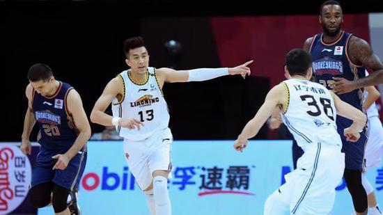2020-2021赛季中国男子篮球职业联赛(CBA)辽宁浙江继续保持