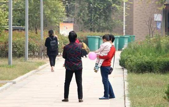 辽宁省副省长:恳请在东北率先放开生育