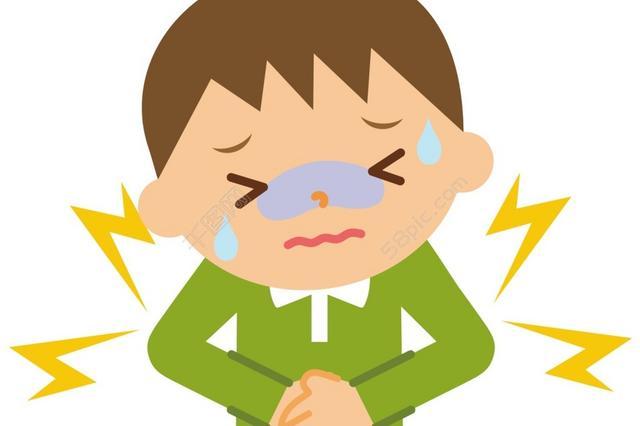 沈阳9岁男孩腹痛难忍 为抢时间俩交警紧急驰援