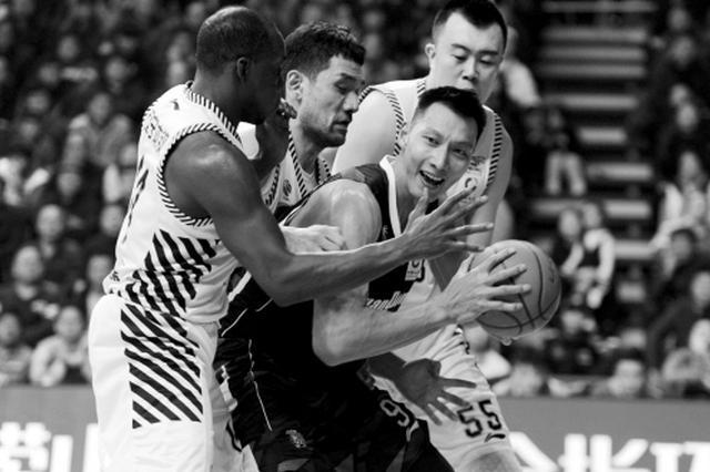 CBA常规赛今晚落大幕 辽篮客场挑战胜率相同的广东男篮