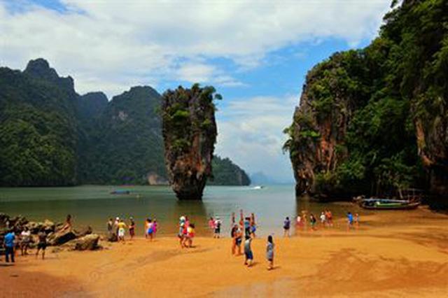 中国游客在泰溺水致2死 失踪女游客仍未被找到