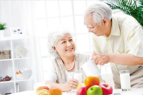 盘点上海老人福利:免费接种肺炎疫苗 享受养老服务补贴