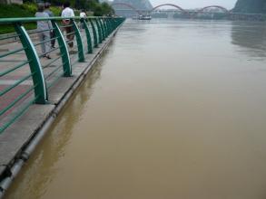 广西发布洪水蓝色预警 柳江等多河支流出现涨水过程