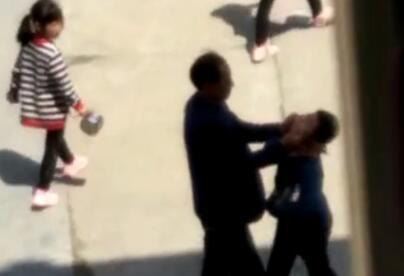 枣阳一小学班主任在校食堂掌掴6名学生 被行拘15日