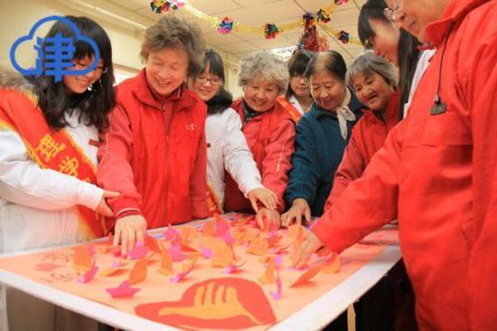 【回眸十三五】天津志愿者数量五年翻一番 社区之美应有我之贡献