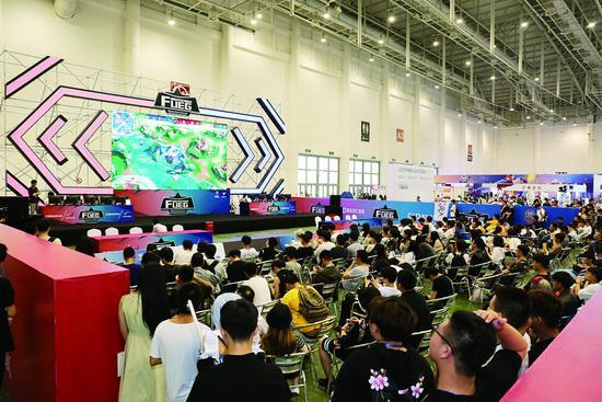 ■首届福建省大学生电子竞技大赛决赛现场。