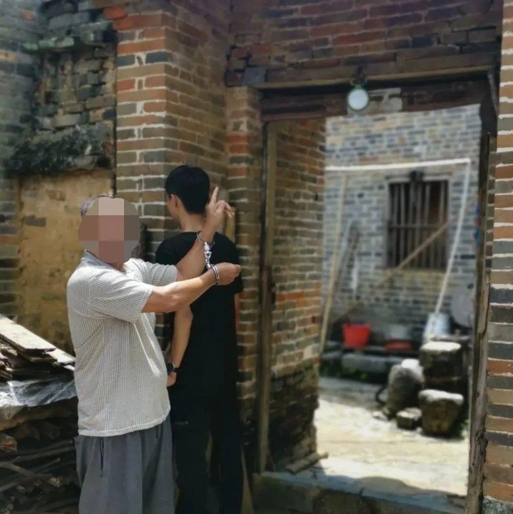 广西一男子竟杀害亲弟弟 潜逃20年后因酒驾被抓