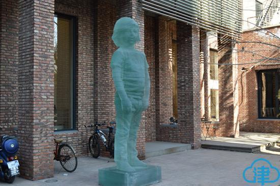 巷肆园区内雕塑
