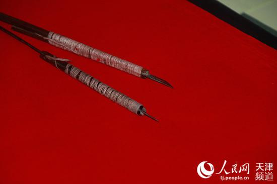 制作宁河剪纸所使用的刀具。孙一凡/摄