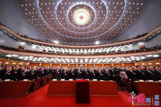 3月5日,十三届全国人大一次会议在人民大会堂开幕。