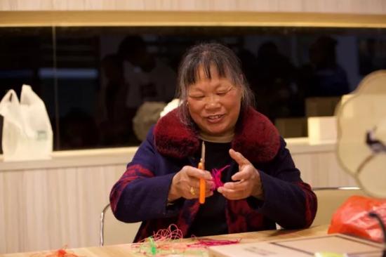北乾村民间传统工艺走进阳光课堂