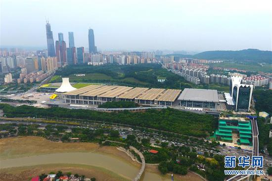 升级改造后的南宁国际会展中心(9月6日无人机拍摄)。新华社发 (韦秀玲 摄)