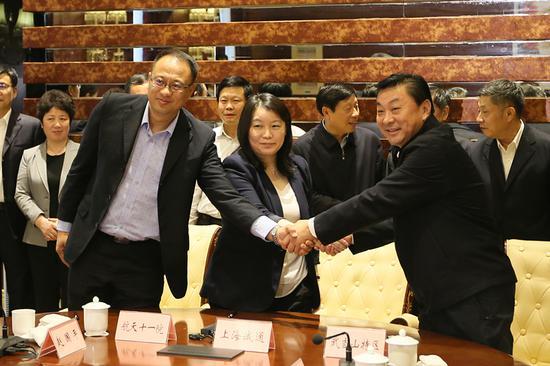 武当山、上海诚通、航天十一局三言签约