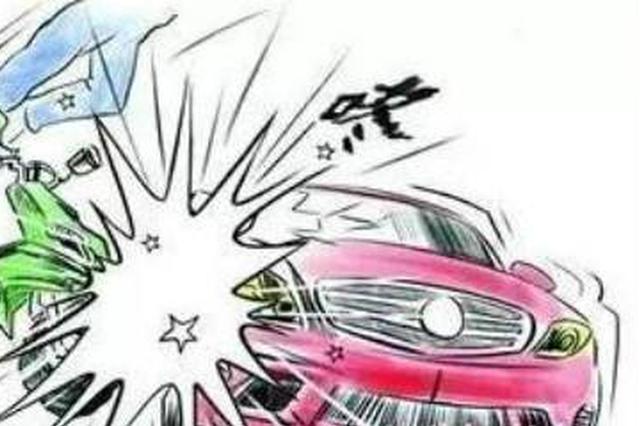 桂林一柳微车与三轮摩托车相撞 造成9人受伤