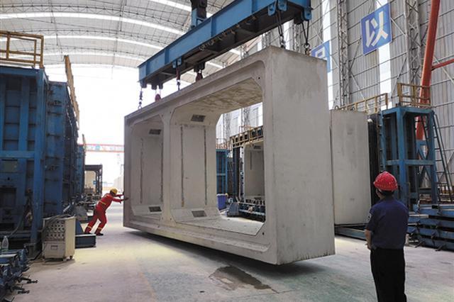 广西装配式预制管廊工程亮相 单节预制管廊重达40吨