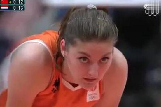 朱婷是被排球耽误的乒乓球运动员 这个搓球打的荷兰女排没脾气