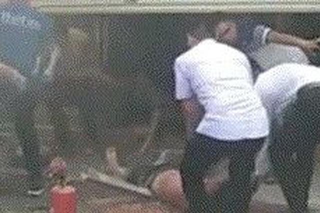 突发!南宁一餐饮店煤气爆炸 2人受伤正紧急手术