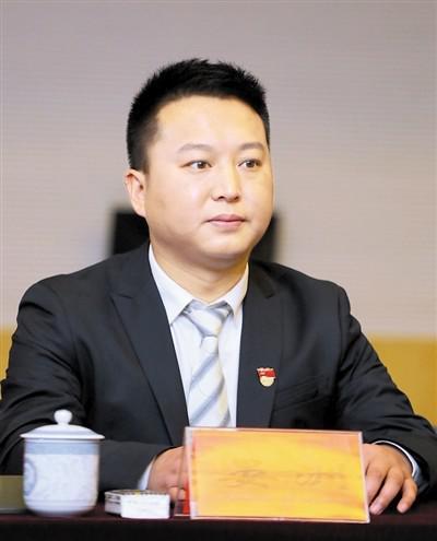 晏洲。 上游新闻记者 刘力 摄