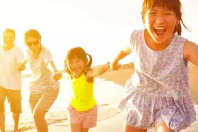 天津家庭平均人口2.1人 初婚平均年龄24.4岁