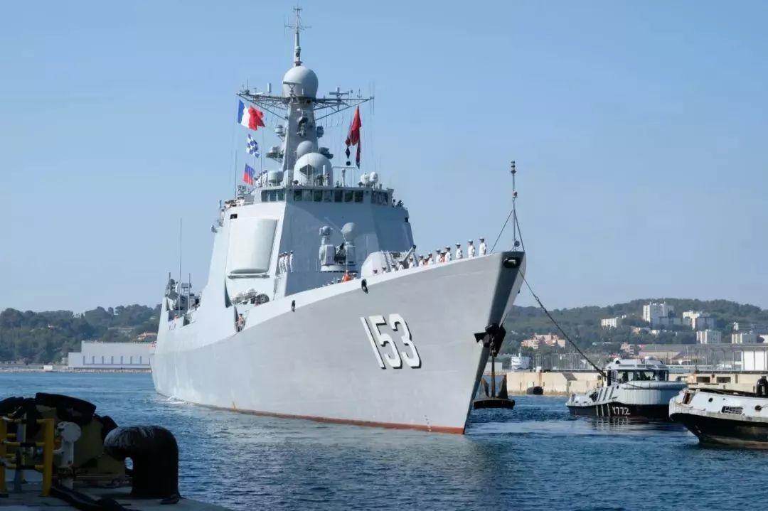 我海军西安舰抵法国开展军事交流