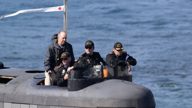中国周边最近真热闹!加拿大潜艇首访日本横须贺